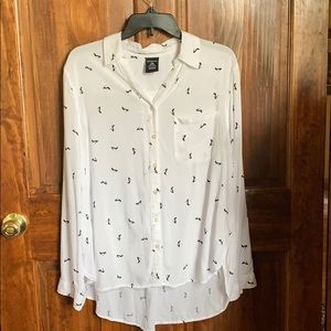 George soft rayon blouse w/ black shoes on white L